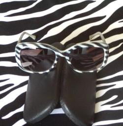 Vintage Ellen Tracy Zebra Sunglasses